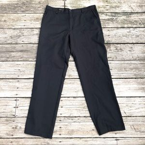 IZOD Black 34x32 Black Golf Pants